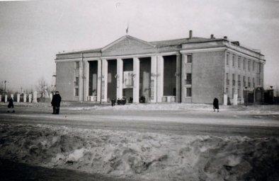 Дворец им. А.Жданова п. Роза.